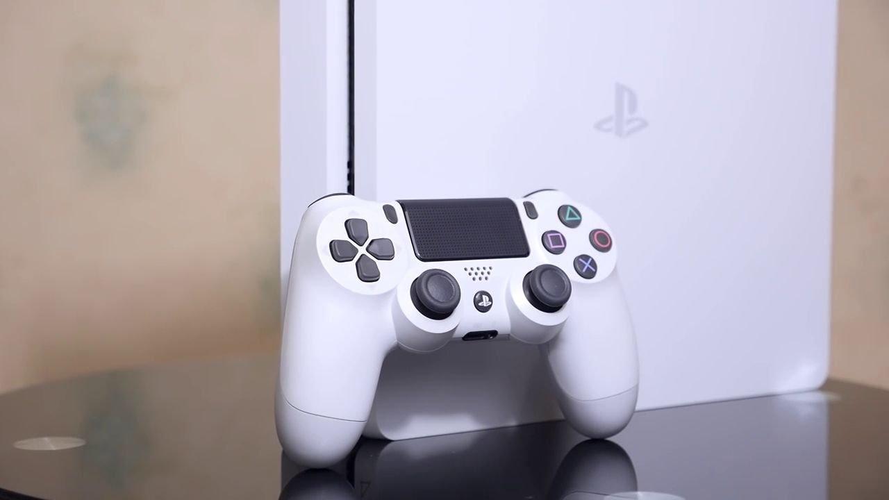 PS4, l'aggiornamento beta 8.50 rimuove le Community