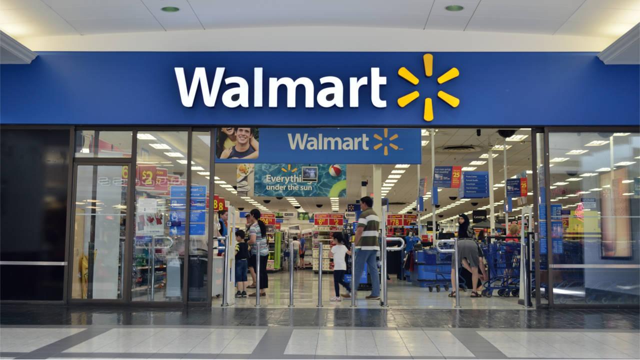 Walmart: niente più annunci di videogiochi violenti, ma si continua a vendere armi