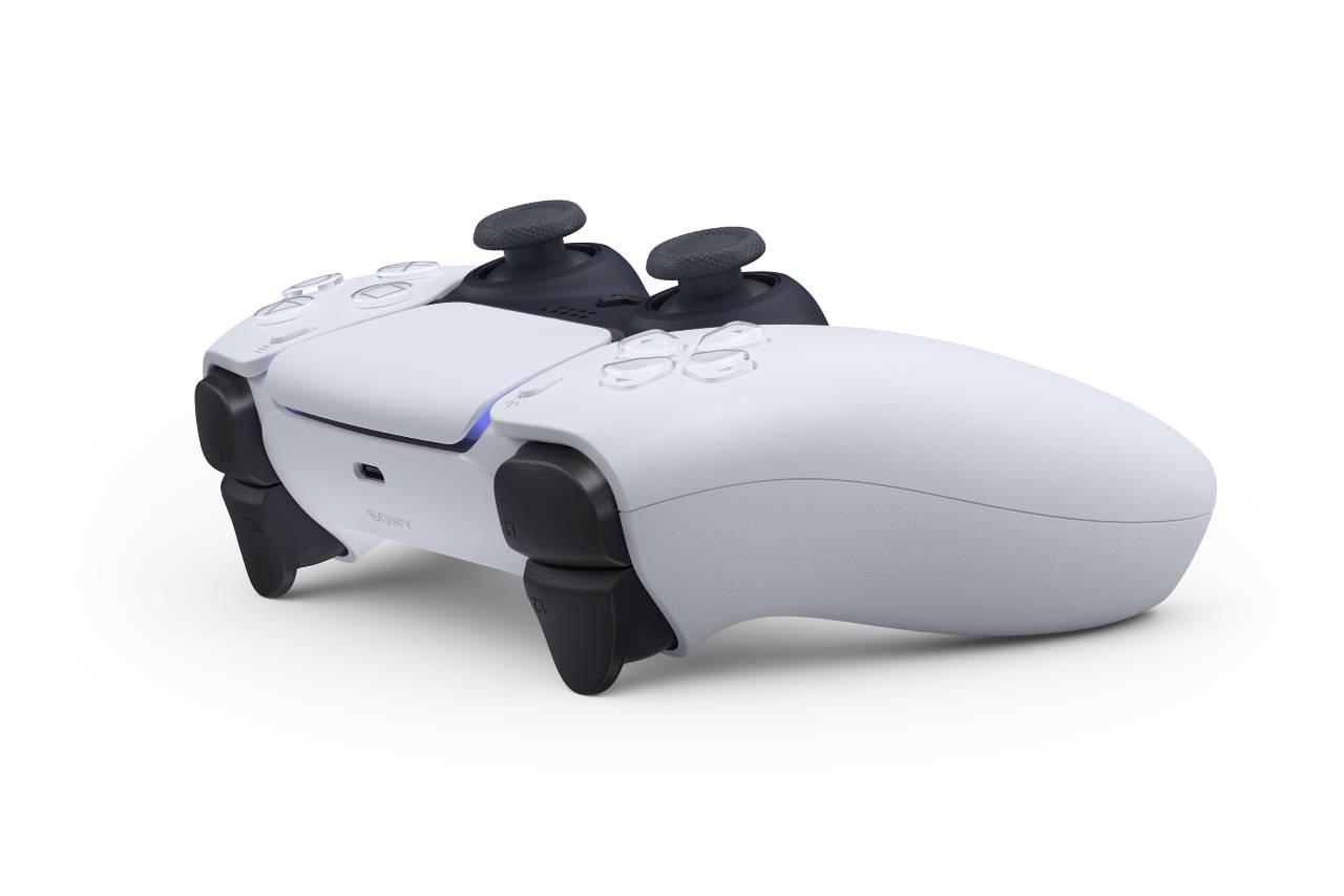 PS5, aperta ufficialmente una class action per il drift del DualSense