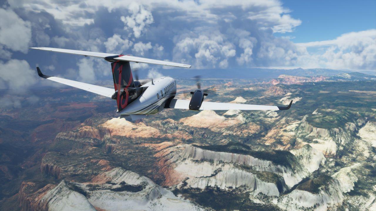Microsoft Flight Simulator, rilasciato il primo aggiornamento, sistema problemi di installazione e crash