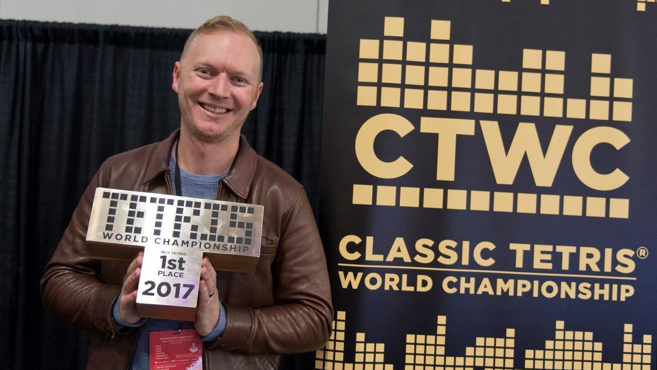 Jonas Neubauer, 7 volte campione del mondo di Tetris, è morto a 39 anni