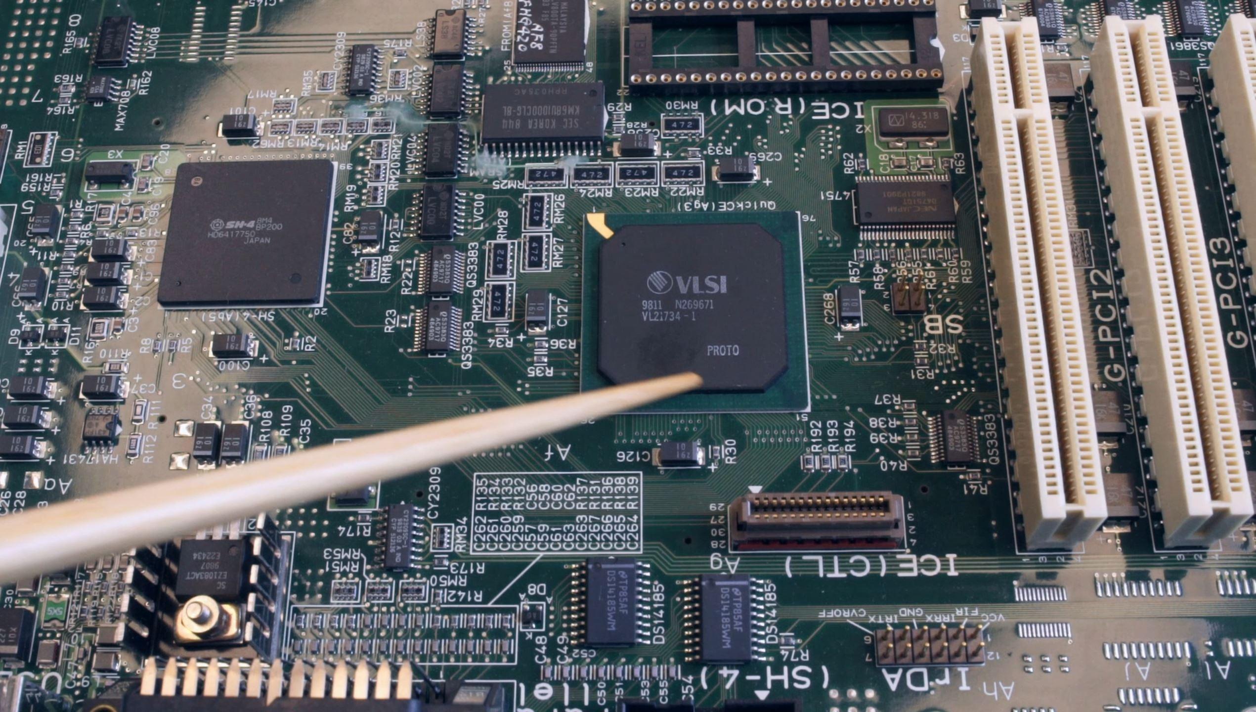 SNK Millennium, un collezionista pensa di aver trovato una scheda madre della misteriosa console